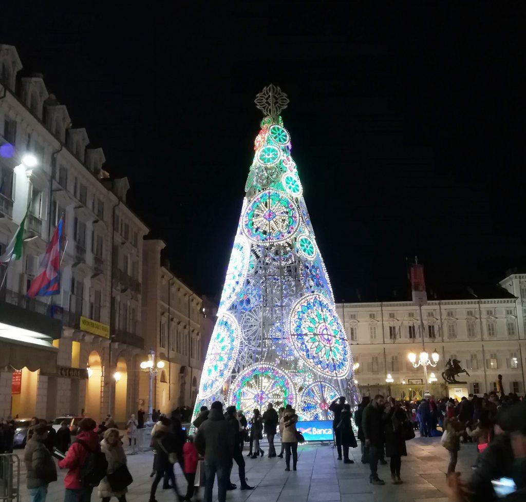 Torino Kit 2018 >> C'è ancora tempo per Luci d'Artista - Canale Energia
