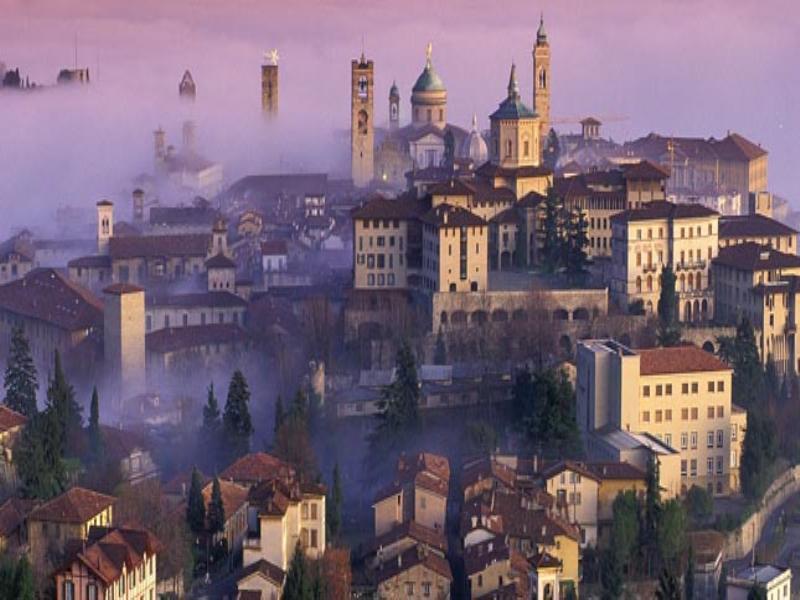 2011-9-26 12.45.38.130---Bergamo tour