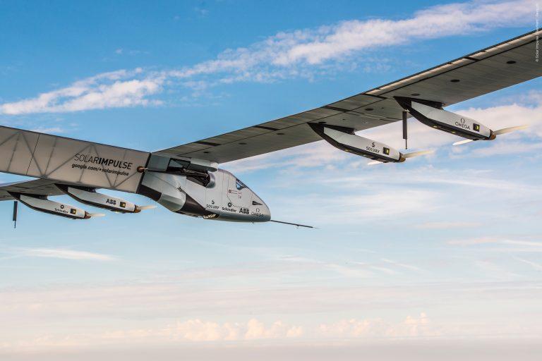 Governare il mondo senza distruggere la Terra: il viaggio di Solar Impulse