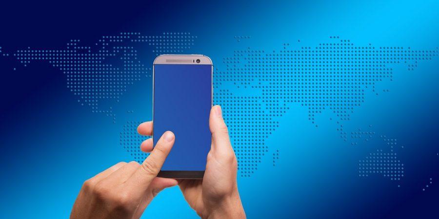 Caricare il cellulare con la luce ambientale