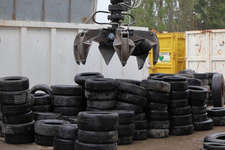 Troppi pneumatici in giacenza, Ecopneus organizza una raccolta extra target annuale