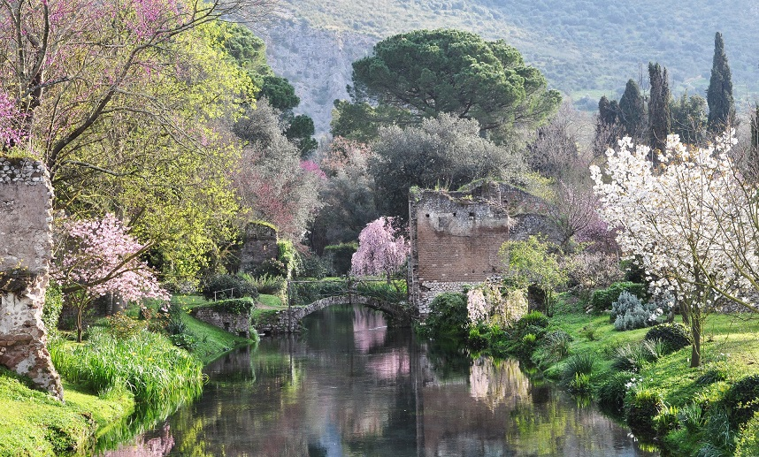 Giardini Di Ninfa Bassa 1