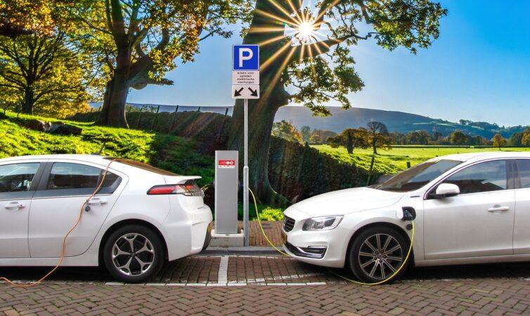 ricarica auto elettrica